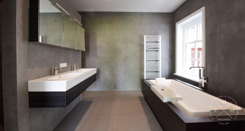 Badkamer stucen? Stucwerk in de badkamer verzorgen wij! MVH Stucadoors